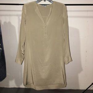 Vince 100% silk tunic